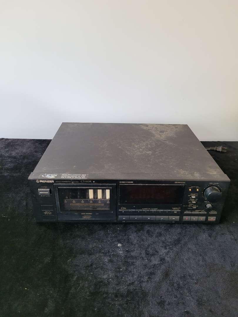Lot # 280 Vintage Pioneer Tape Player