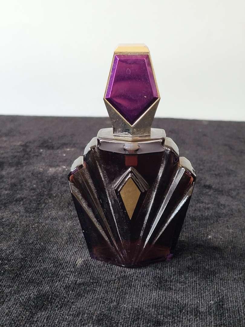 Lot # 300 Vintage Elizabeth Taylor Passion Perfume
