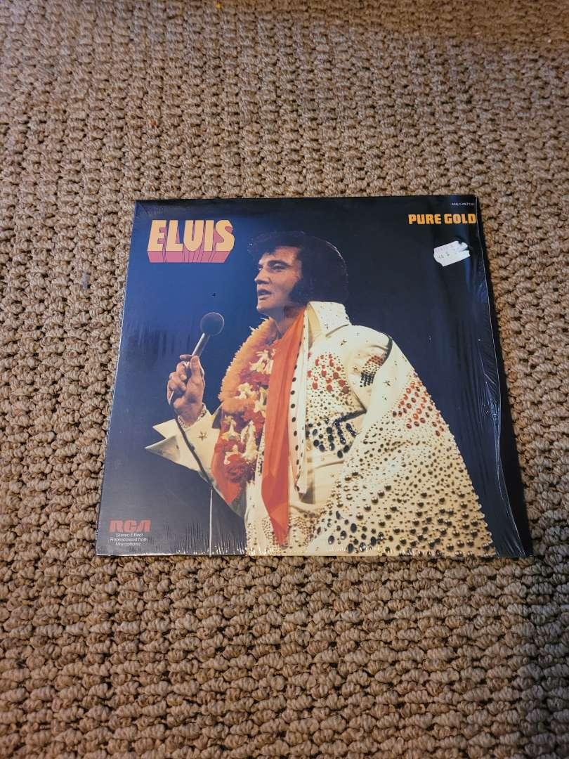 Lot # 316 Vintage Elvis Pure Gold Album