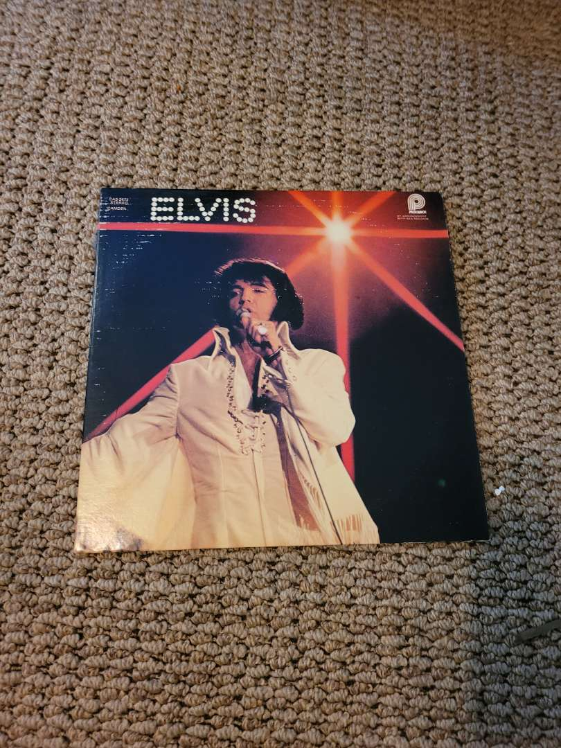 Lot # 318 Vtg Elvis You'll Never Walk Alone Album