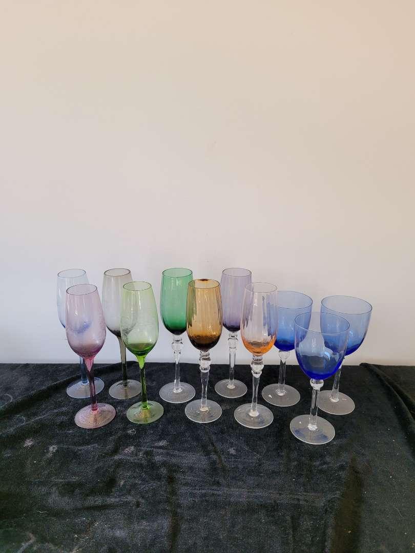 Lot # 326 (11) Wine Glasses