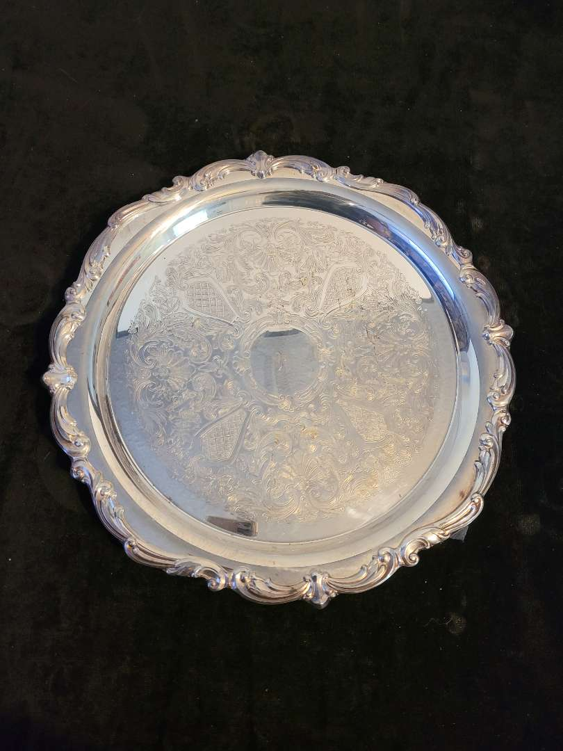 Lot # 333 Towle Old Mastered Sculptured Silver Plated Serving Tray