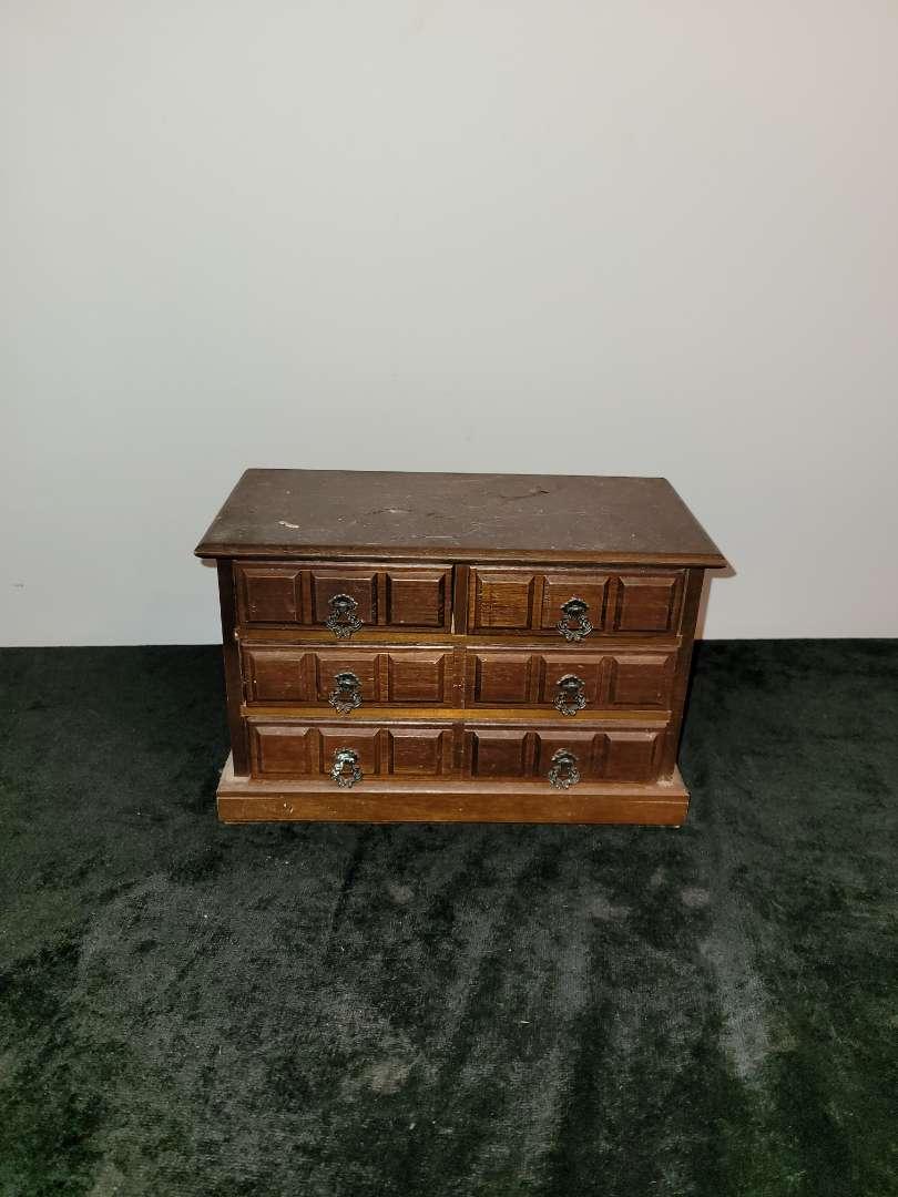 Lot # 335 Music Jewelry Box w/ Miscellaneous Jewelry