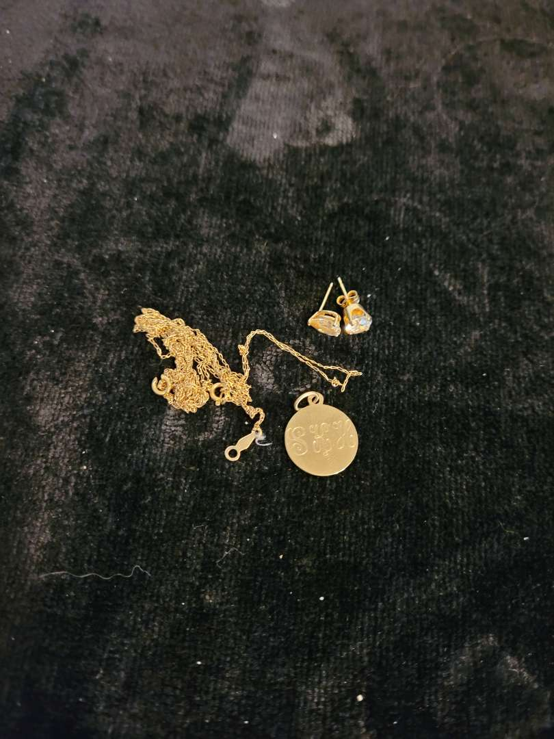 Lot # 345 14K Scrap Gold - TW is 2.63G