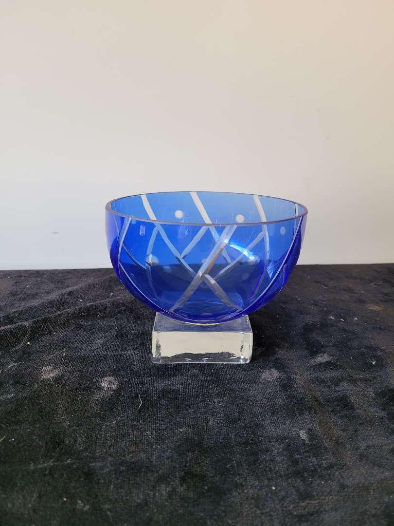 Lot # 350 Beautiful Cobalt Blue & Clear Glass Bowl