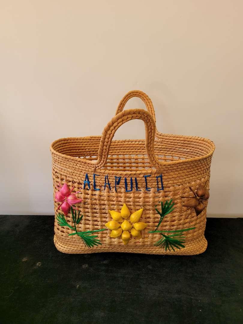 Lot # 358 Handmade Woven Acapulco Bag