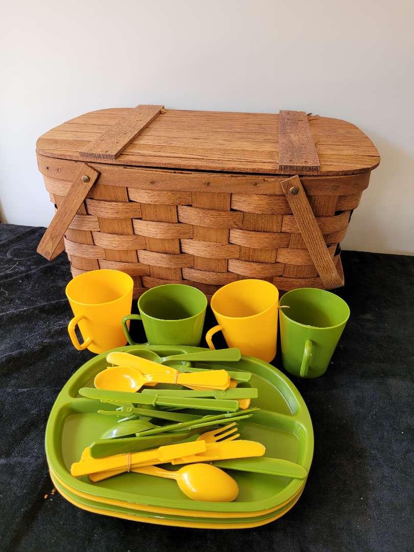 Lot # 363 Picnic Basket & Vintage Accessories