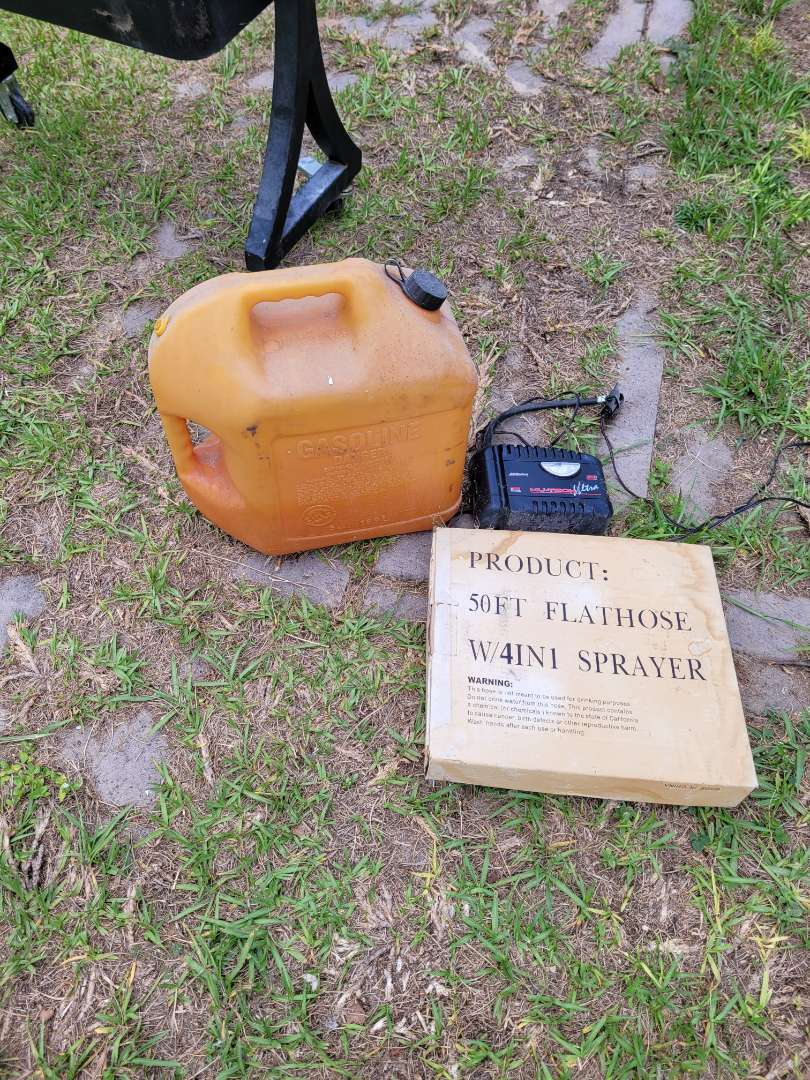 Lot # 409 Gas Can, Air Pump & 50ft Sprayer