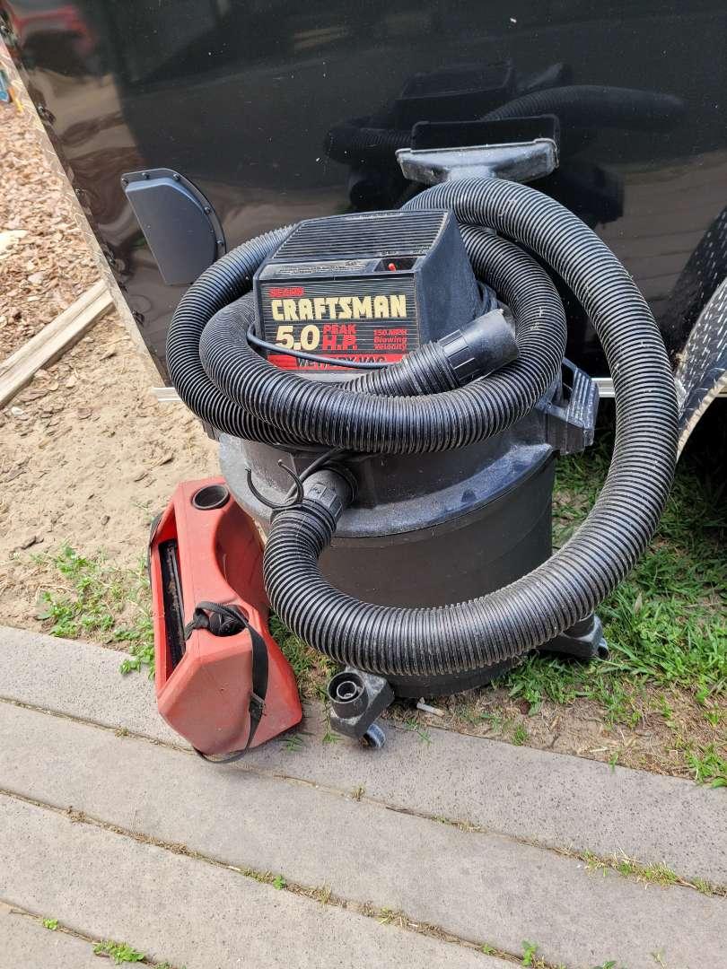 Lot # 415 Craftsman 5.0 Wet/Dry Vac