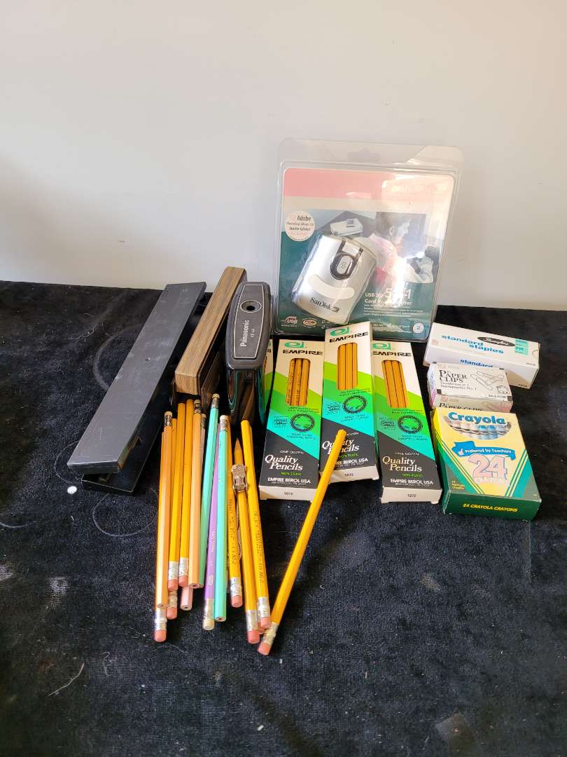 Lot # 421 Office & Home Supplies