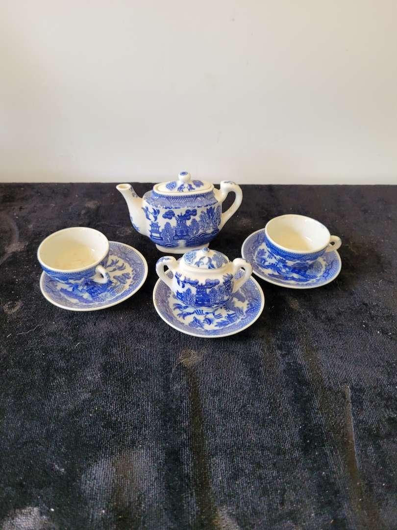 Lot # 427 Mini Porcelain Blue & White Tea Set