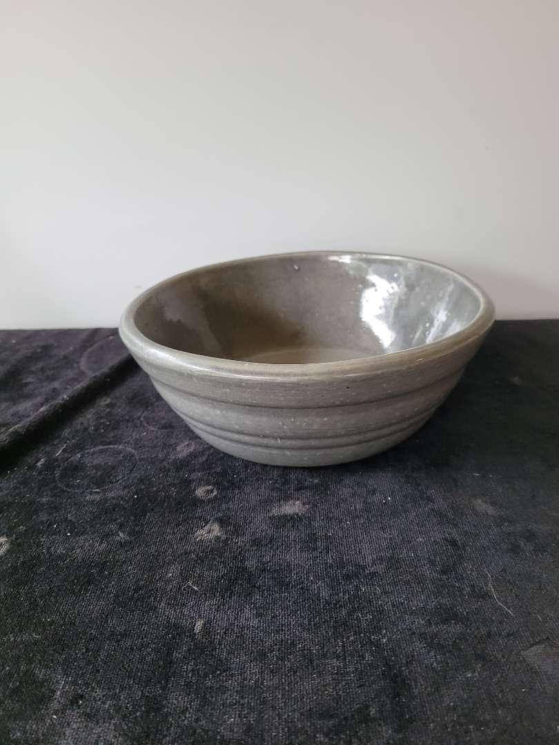 Lot # 450 Handmade Stoneware Bowl