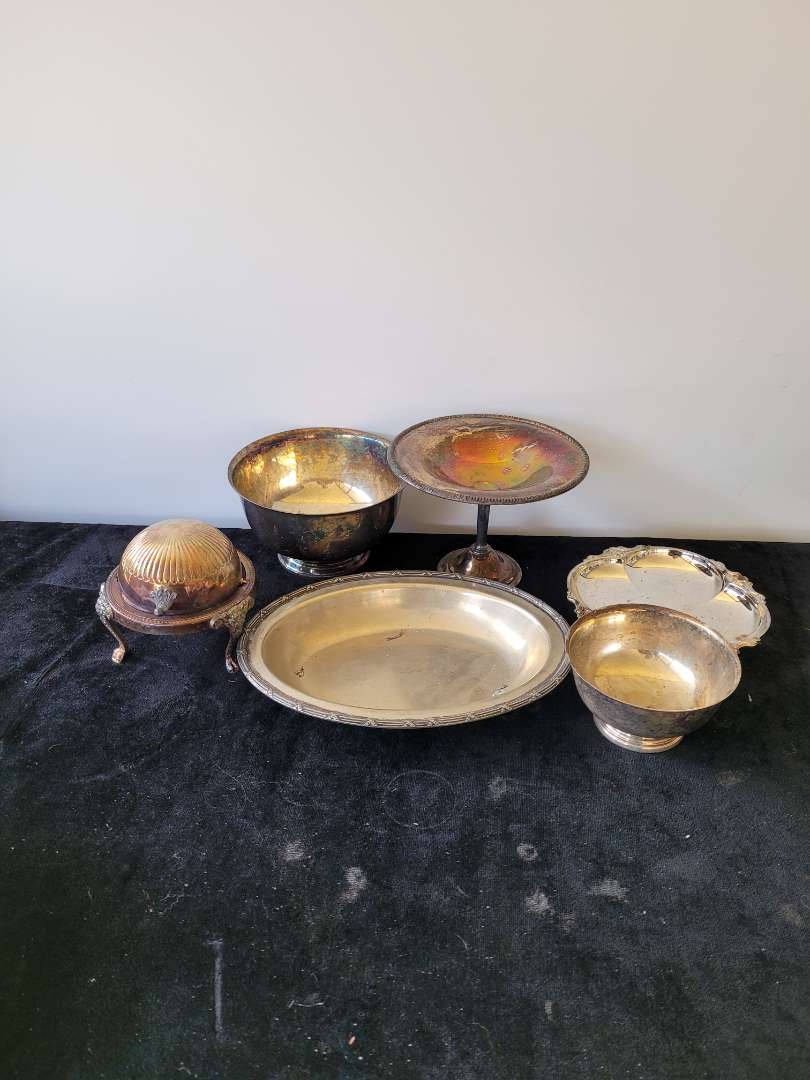 Lot # 479 Silver Plated Bowls, Butter Dish & Tray