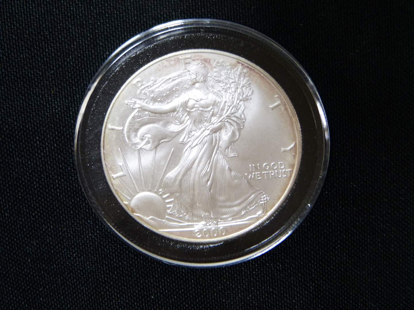 Lot # 3  2000 .999 One Ounce Eagle uncirculated  condition w/protective case (main image)