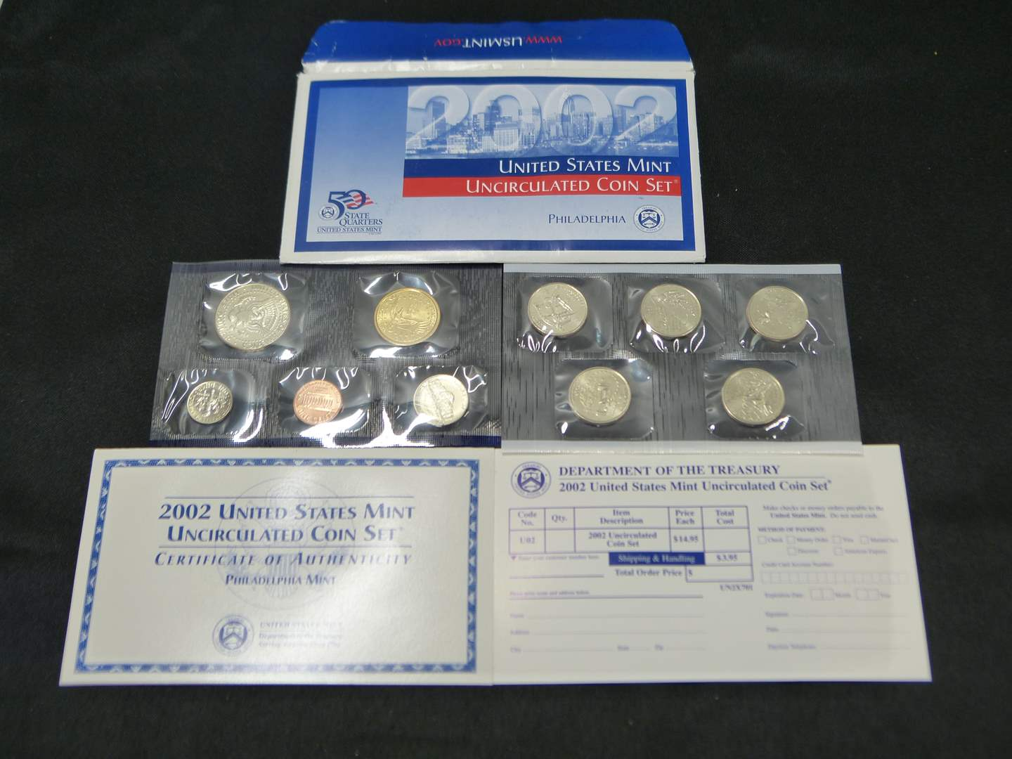 Lot # 21  2002 United States Uncirculated Coin Set w/ state quarters Philadelphia