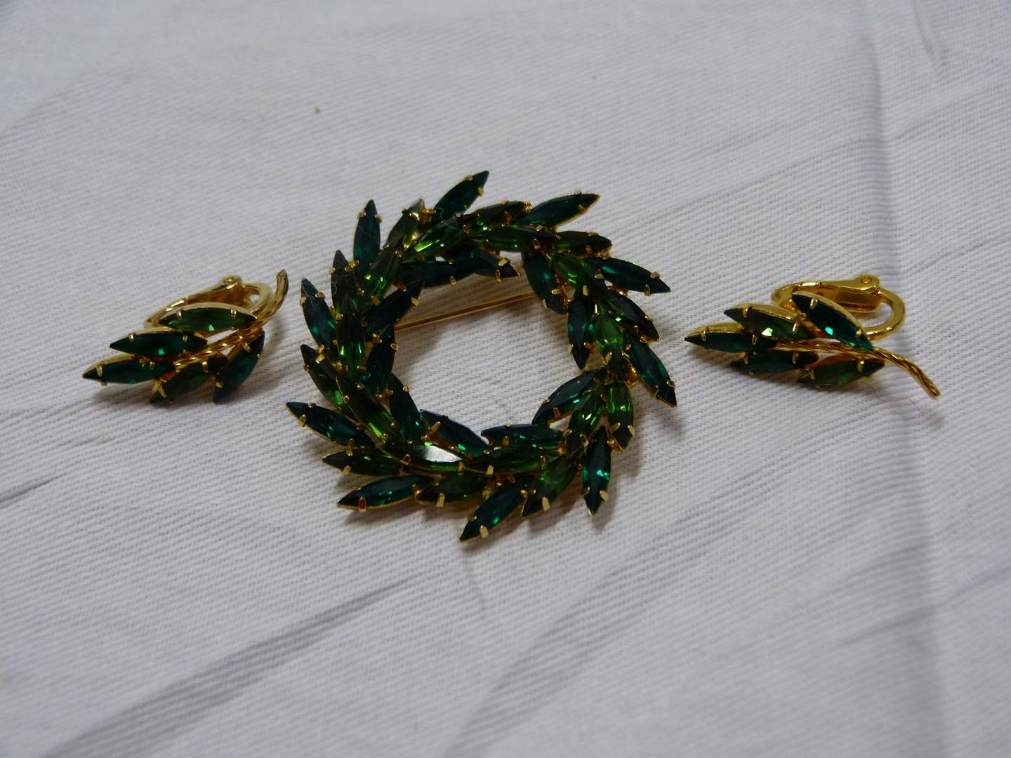 Lot # 85  Matching set of vintage signed Napier earrings & brooch