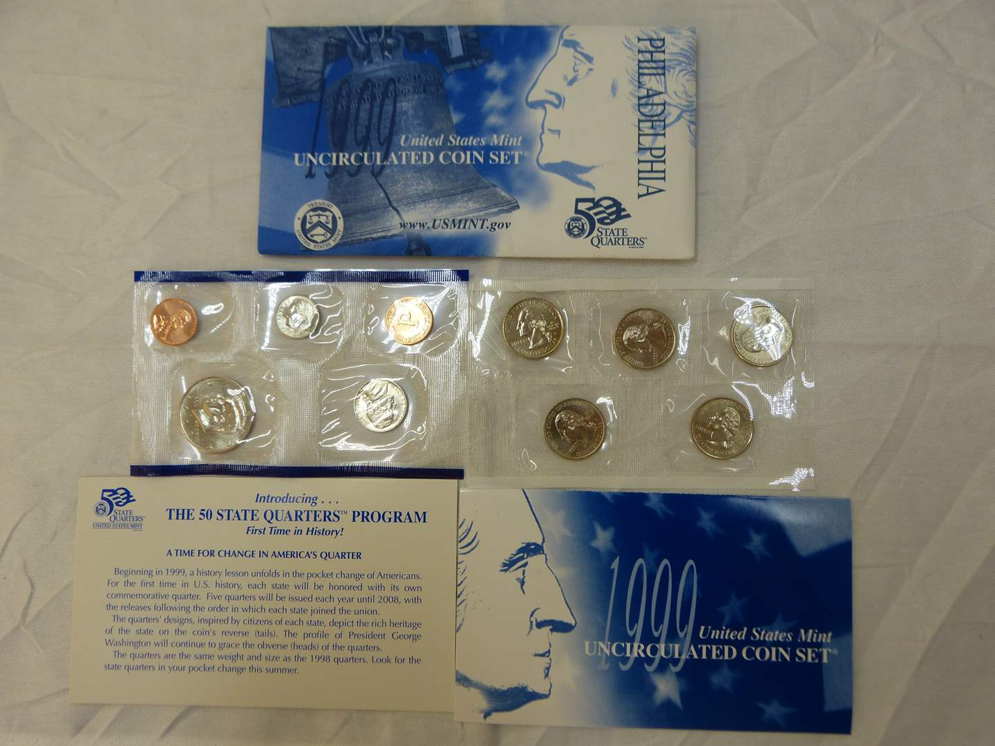 Lot # 103  1999 United States Mint uncirculated Coin Set w/state quarters  (main image)