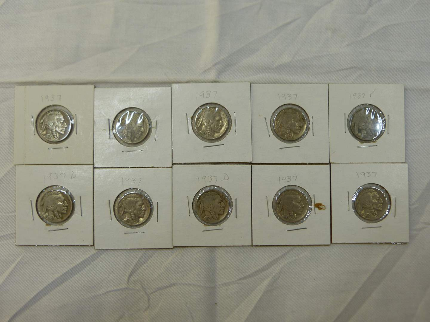 Lot # 114  Great lot of dated buffalo nickels (main image)