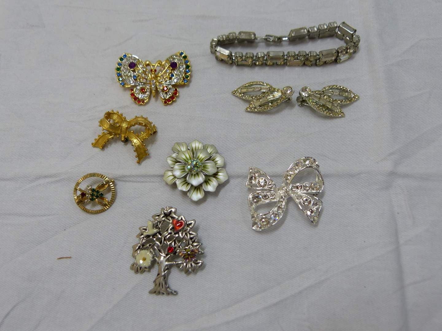 Lot # 146  Nice lot of costume jewelry (look closely at the pictures there are some nice pieces here) (main image)