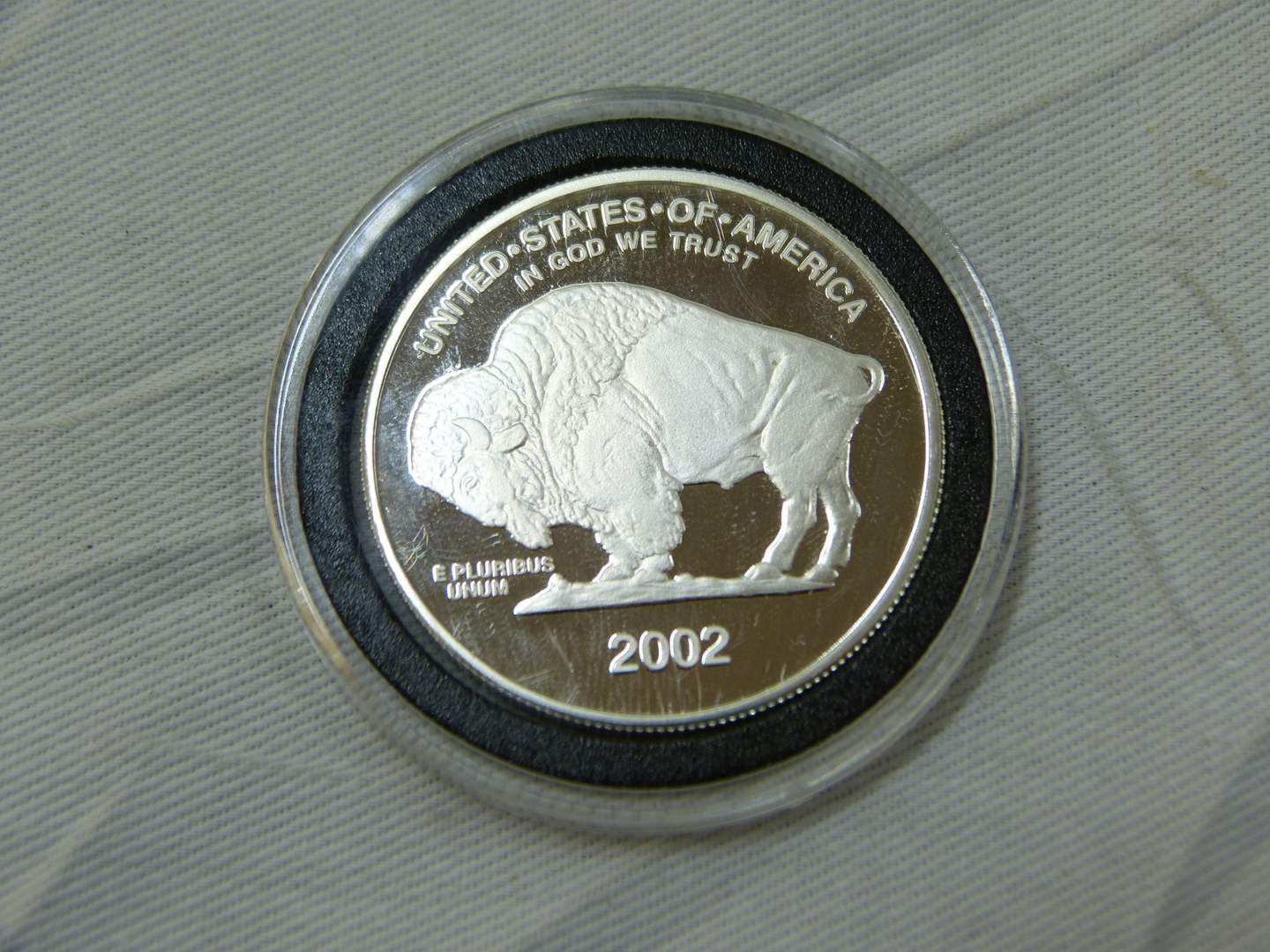 Lot # 154  2002 Buffalo Indian Head .999 one ounce silver bullion (main image)
