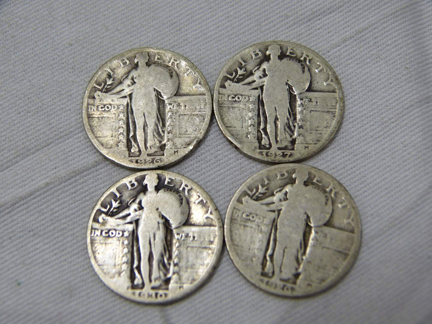 Lot # 267  Lot of silver Standing Liberty quarters