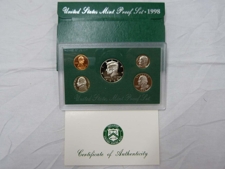 Lot # 269  1998 United States Mint PROOF SET (main image)