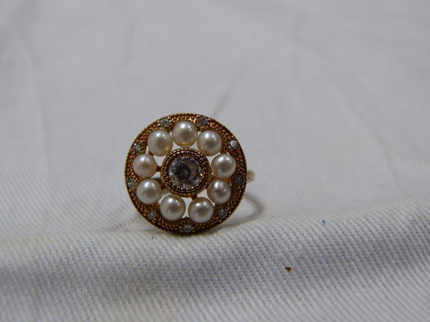 Lot # 293  Unique rose gold & sterling silver size 7 ring (main image)