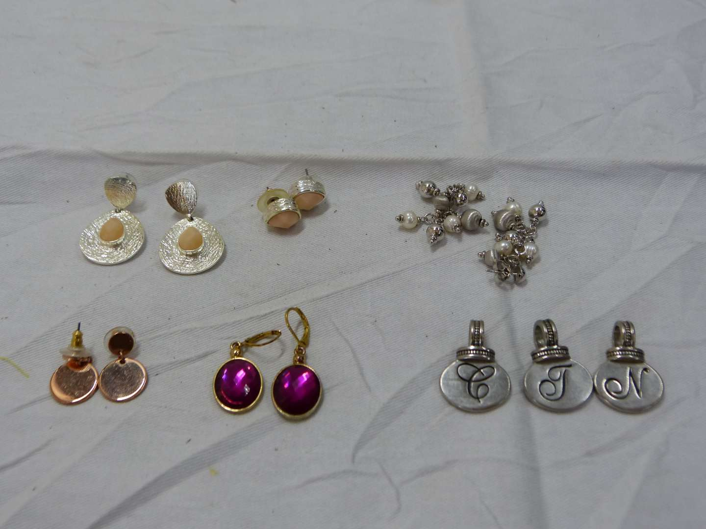 Lot # 197  Nice lot of costume earrings to include Joan Rivers