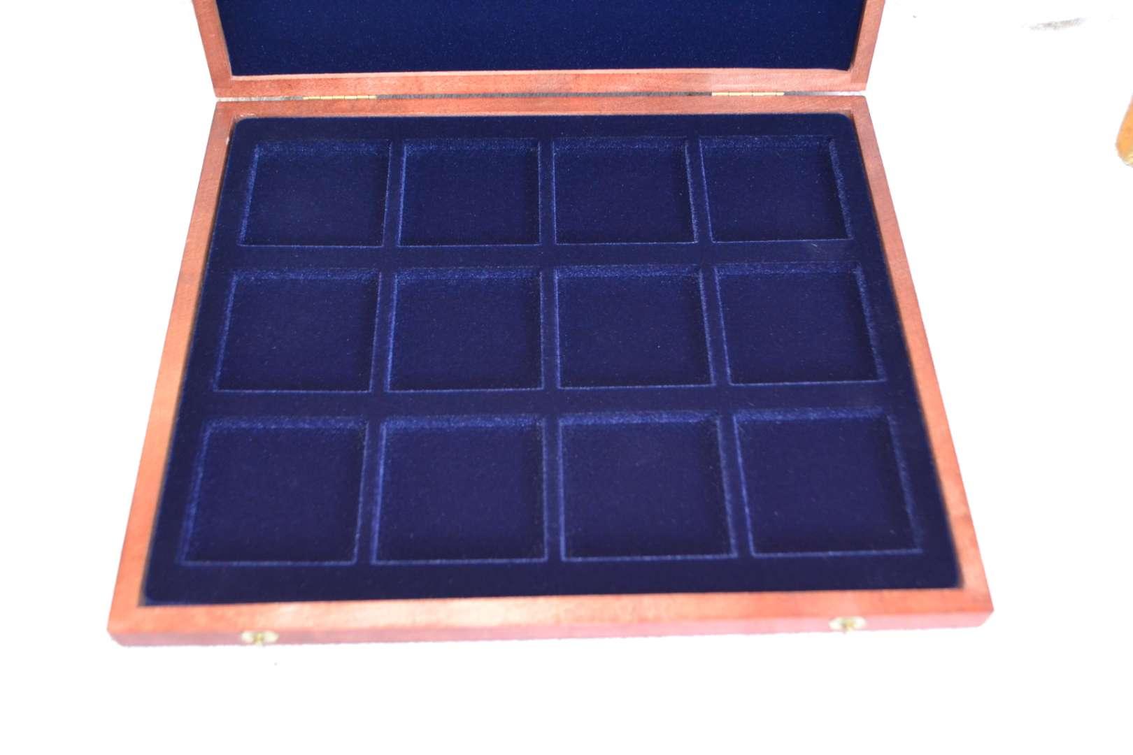 Lot # 14 COIN DISPLAY BOX