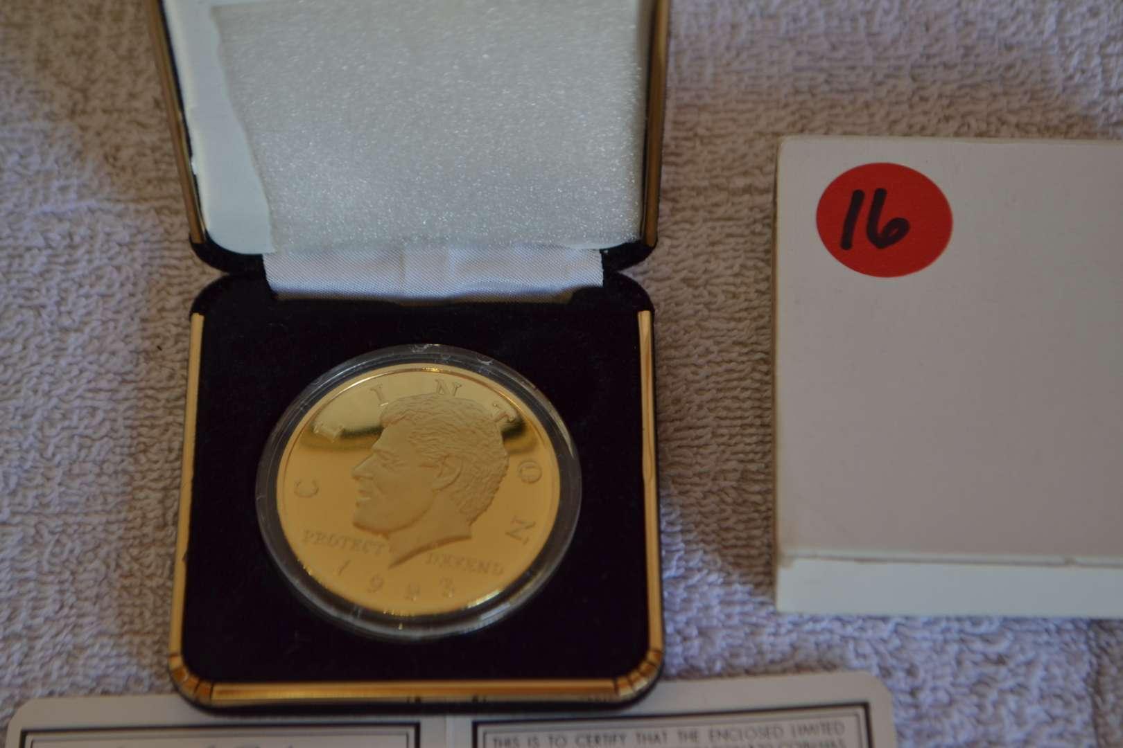 Lot # 16 1993 CLINTON $20 COIN