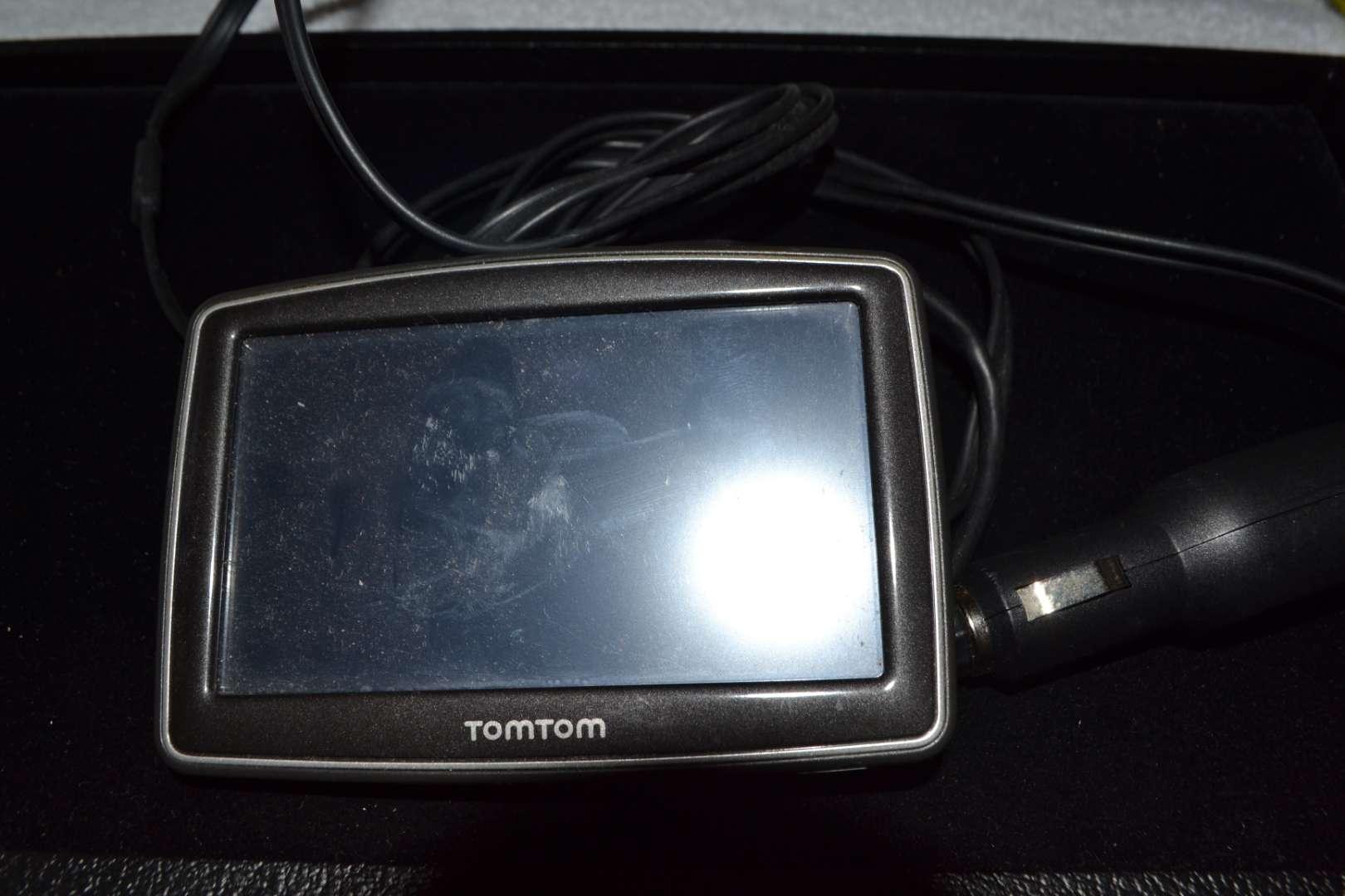 Lot # 228 TOM TOM GPS WORKS