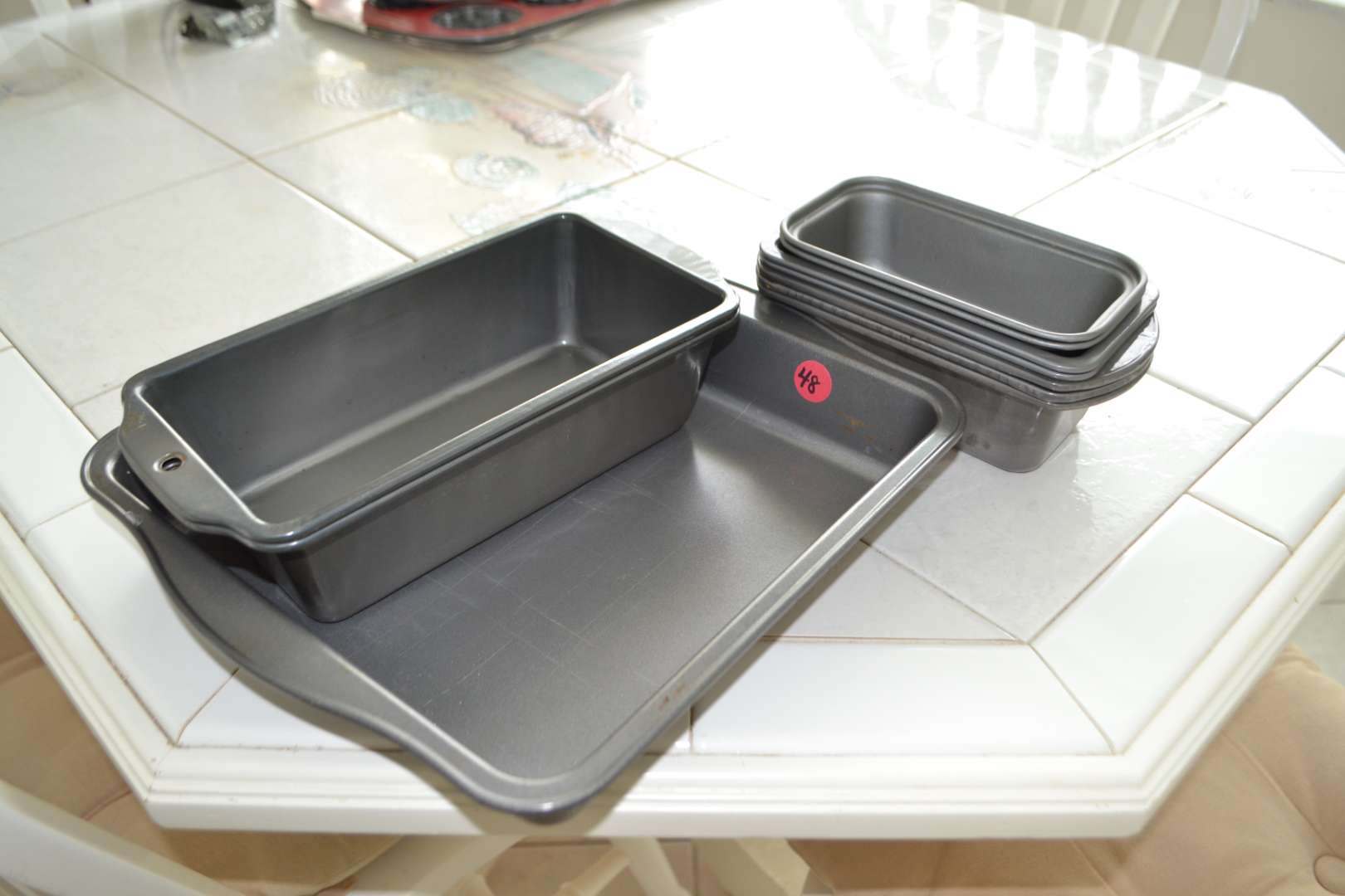 Lot # 48 ASSORTED BAKING TINS