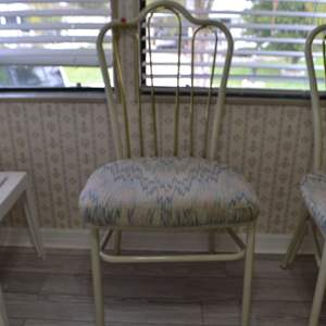 Lot # 80 CHAIR