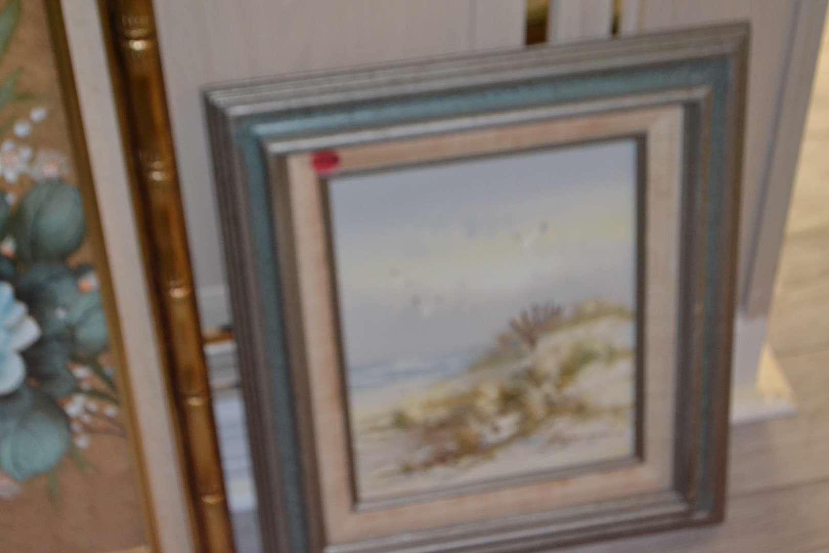 Lot # 103 FRAMED WALL ART