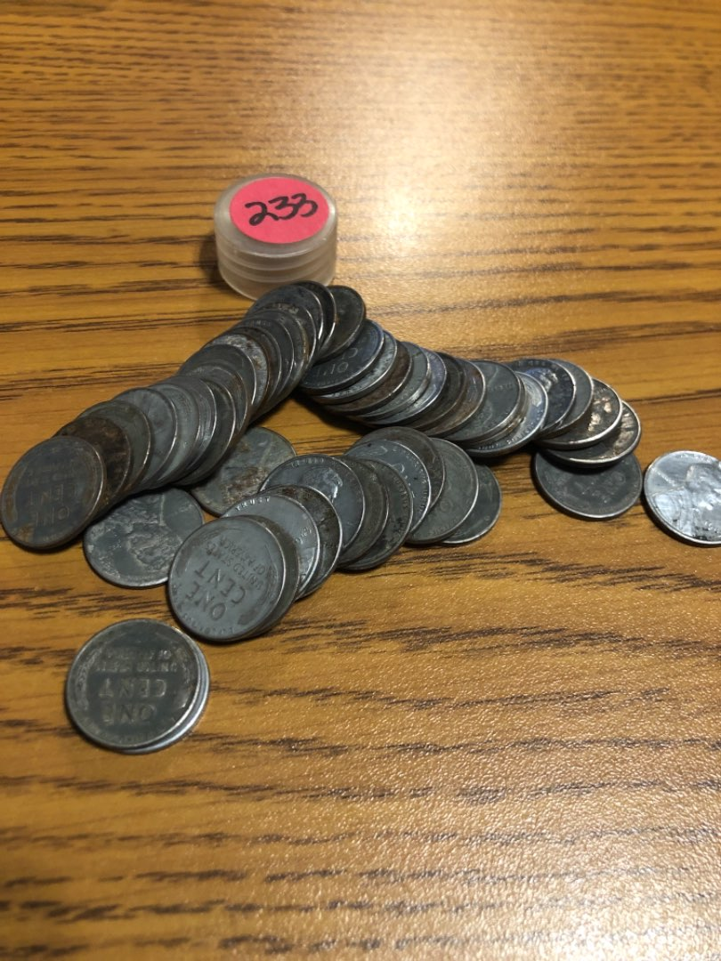 Lot # 233 ROLL OF 1943-P-D-S LINCOLN CENTS STEEL