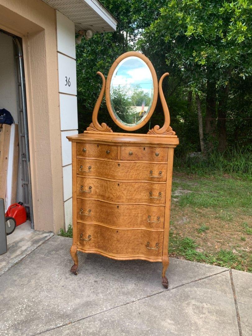 Lot # 42 GORGEOUS Antique Birdseye Maple Serpentine 2/4 Drawer Chest With Tilt Mirror/ Paw Feet. See Below.