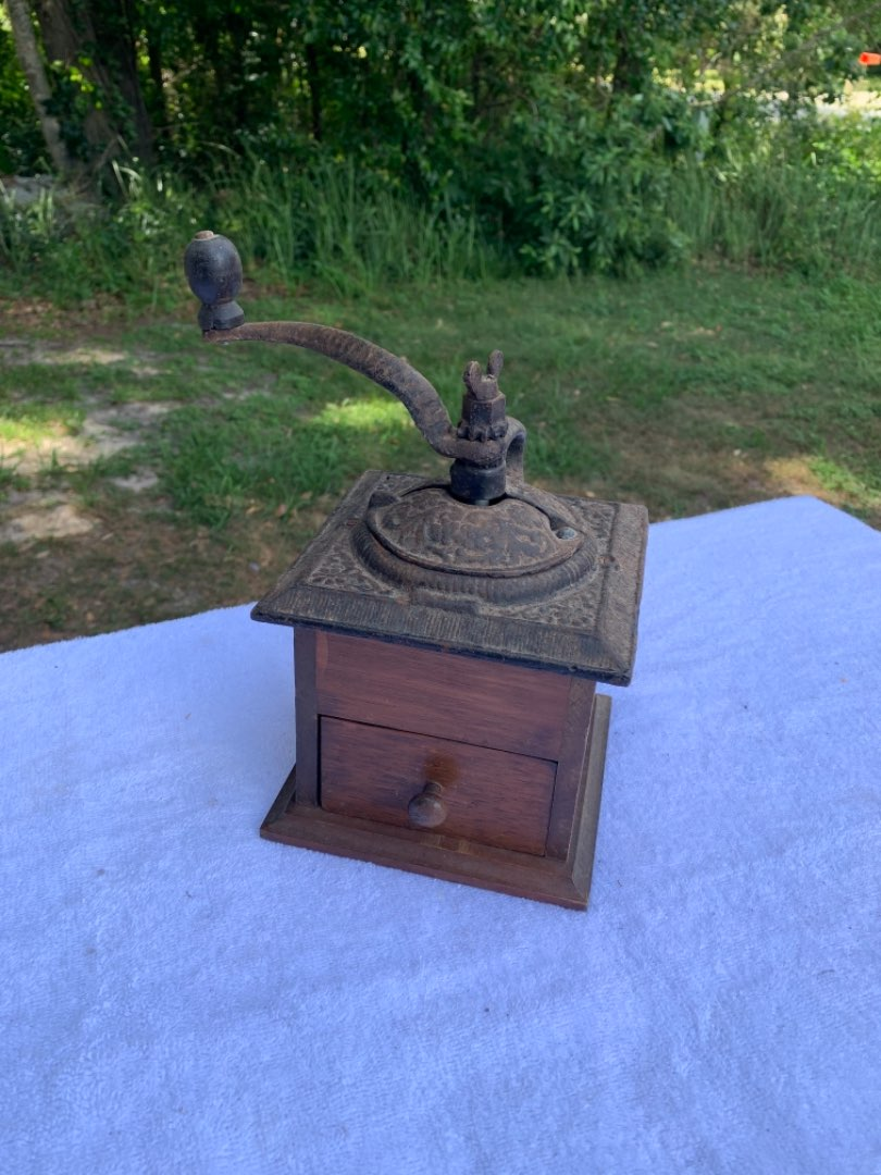 Lot # 98 Vintage Cast Iron/Wood Coffee Grinder With Drawer. Works