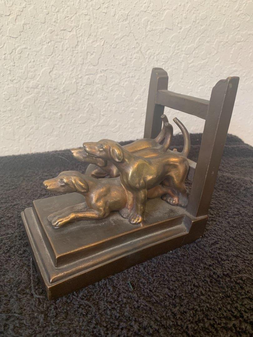 Lot # 102 Beautiful Vintage 1937 Signed Armor Bronze Co Dogs Bookend/Doorstop