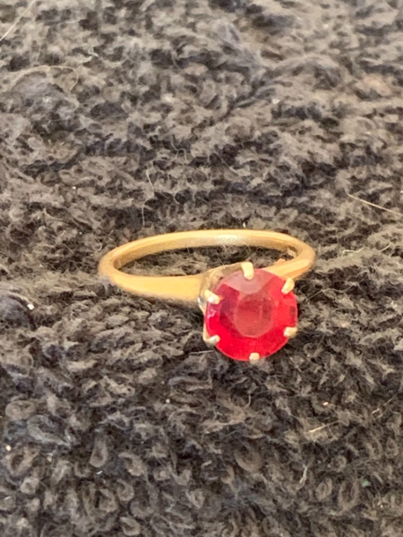 Lot # 166 Very Pretty Antique Stamped 14k Size 5 1/2 Ring With Red Stone. 3.14 Grams