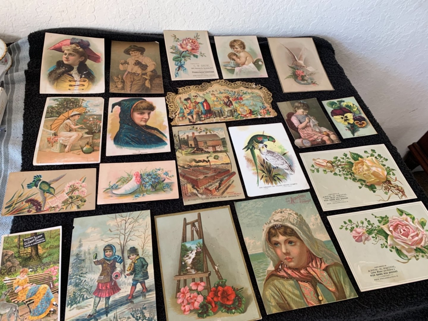 Lot # 212 Great Lot Antique Victorian Trade Cards. See #4 Description
