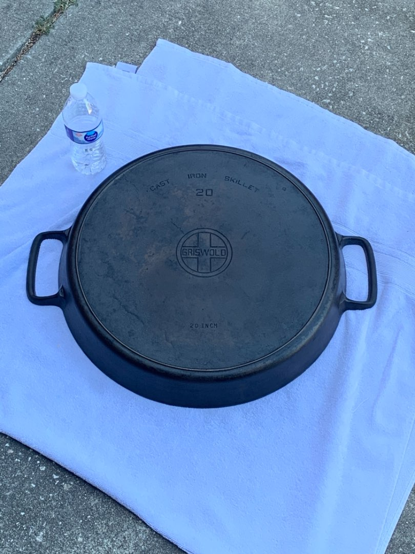 """Lot # 215 WOW WOW!!! RARE GRISWOLD 20"""" Hotel Skillet With Heat Ring!!!!! Must See! See Description"""