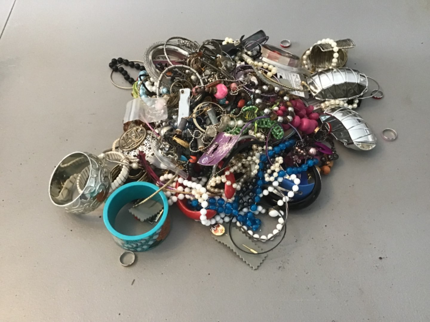 Lot # 235 MORE! HUUUGE LOT (Approx 10 Lbs) OF COSTUME JEWELRY! As Found