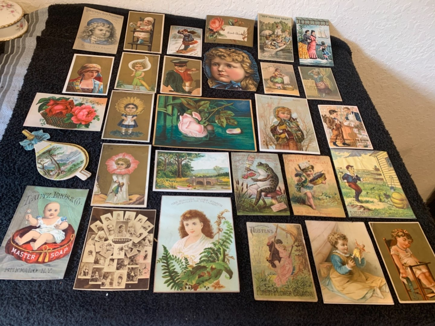 Lot # 241 Great Lot Antique Victorian Trade Cards. See #4 Description