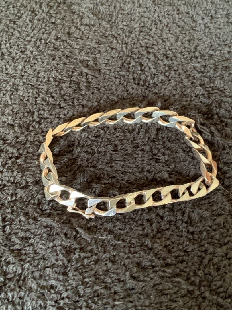 Lot # 285  Very Nice Sterling Silver Italy Chain Bracelet. 18.89 Grams