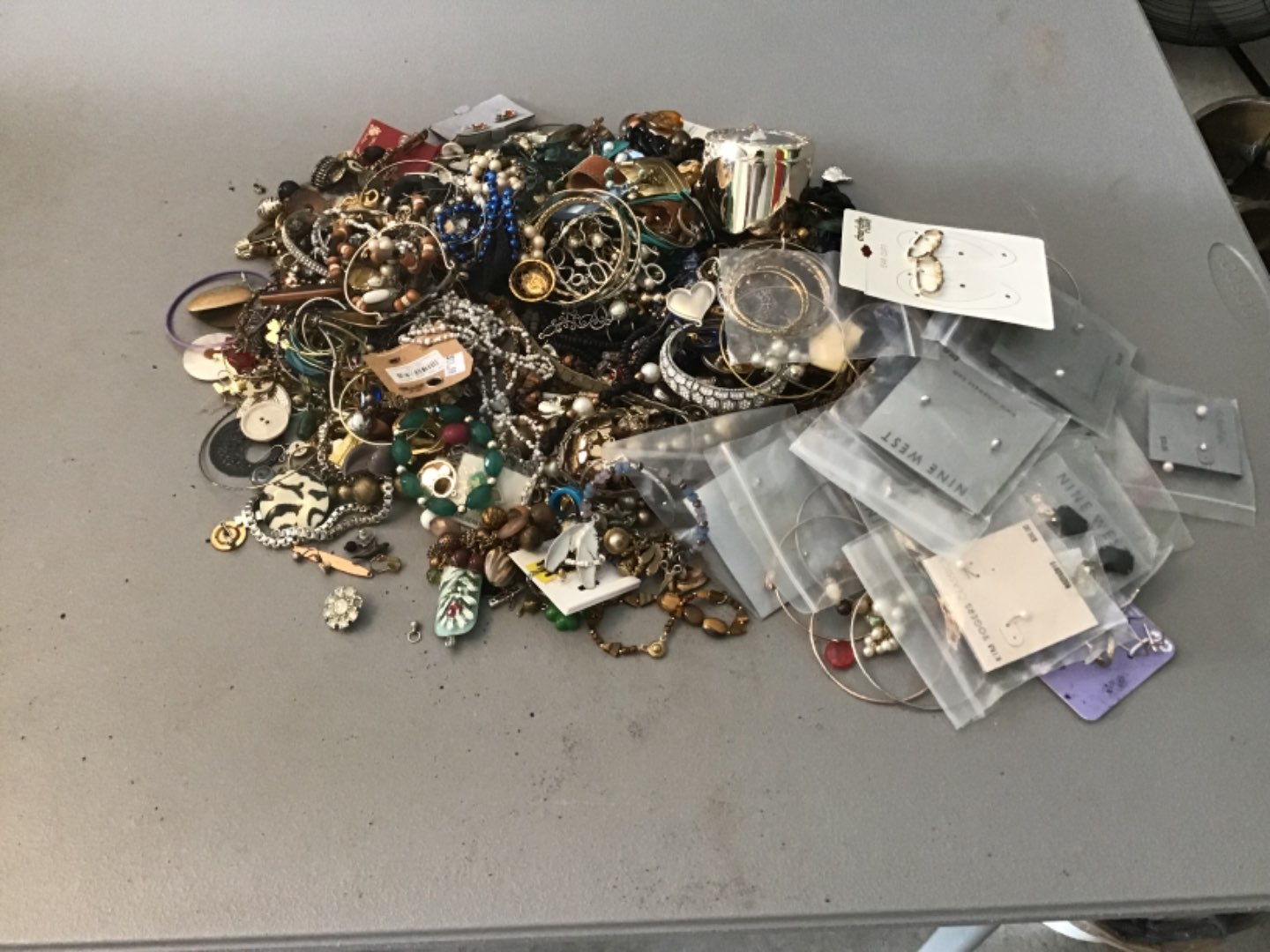 Lot # 319 LAST HUUUGE LOT (Approx 10+ Lbs!) OF COSTUME JEWELRY! As Found!