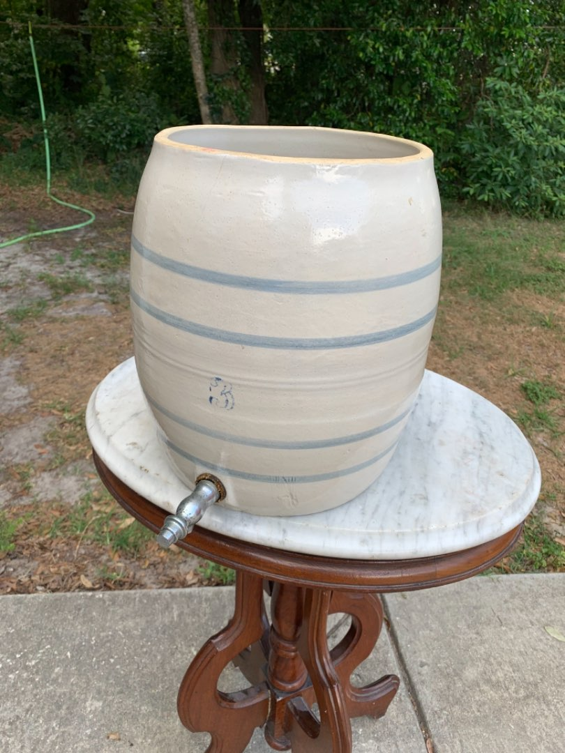 Lot # 352 Vintage Stoneware 3 Gallon Water Cooler. No Cover