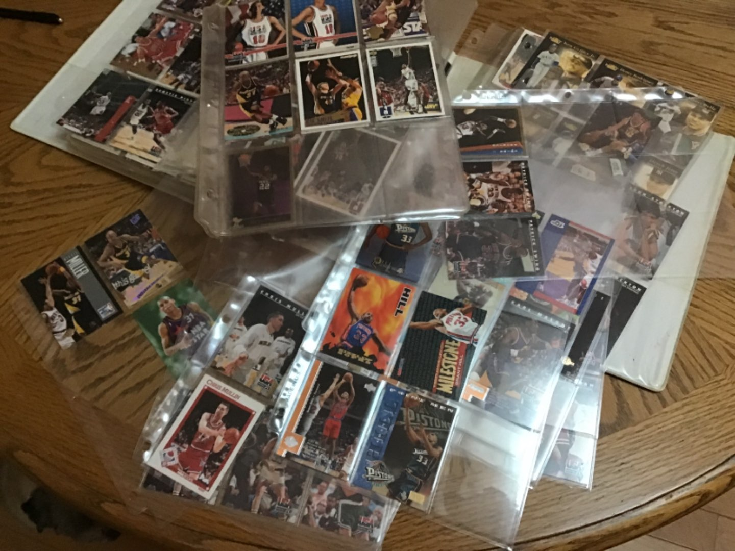 Lot # 384 A BINDER FULL OF BASKETBALL CARDS! 304 of 'em! Early 90's