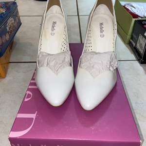Lot # 312 Michelle D Heels - Like new - Size 8.5