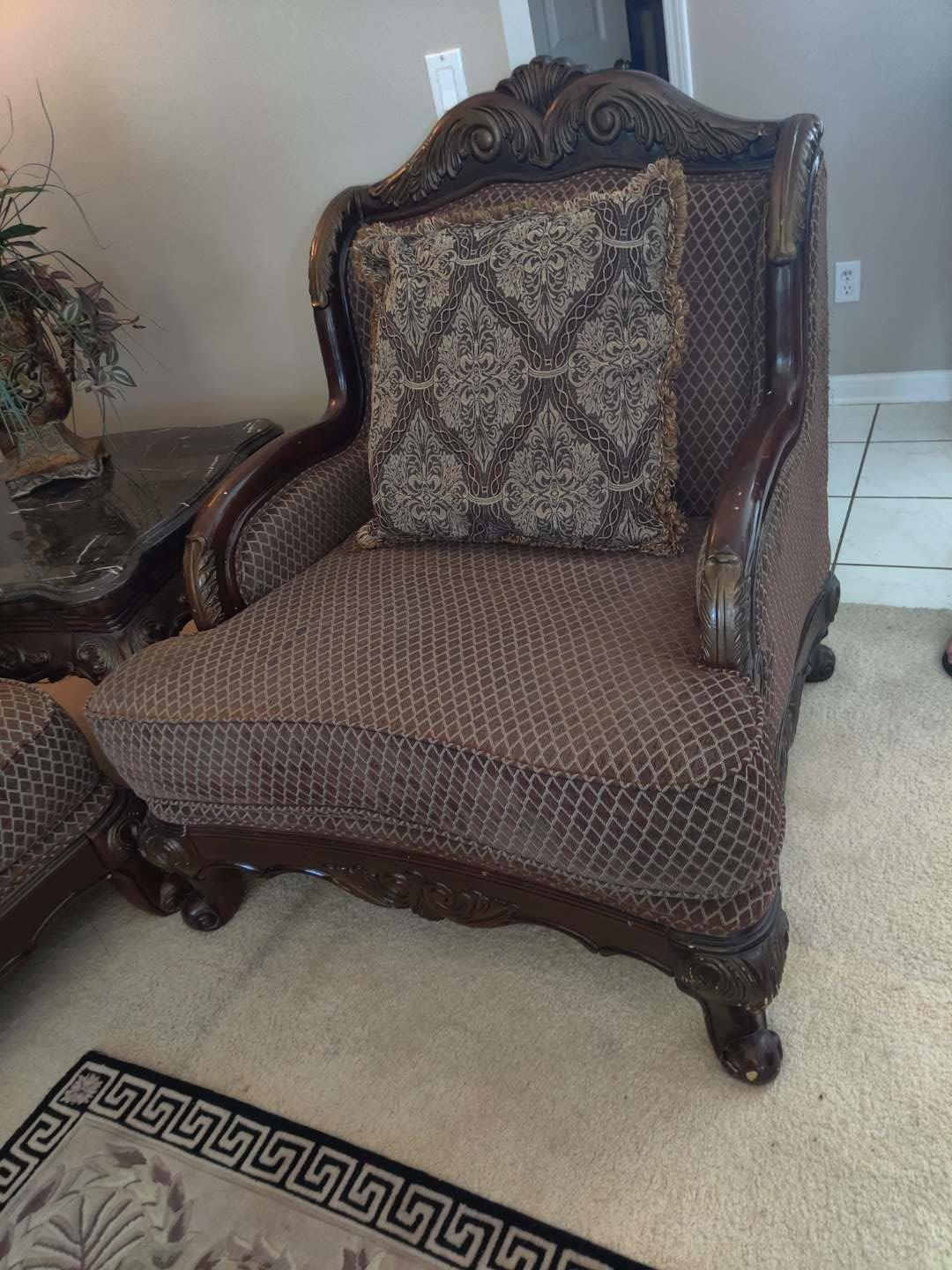 #3 heavily carved armchair in great condition oversized