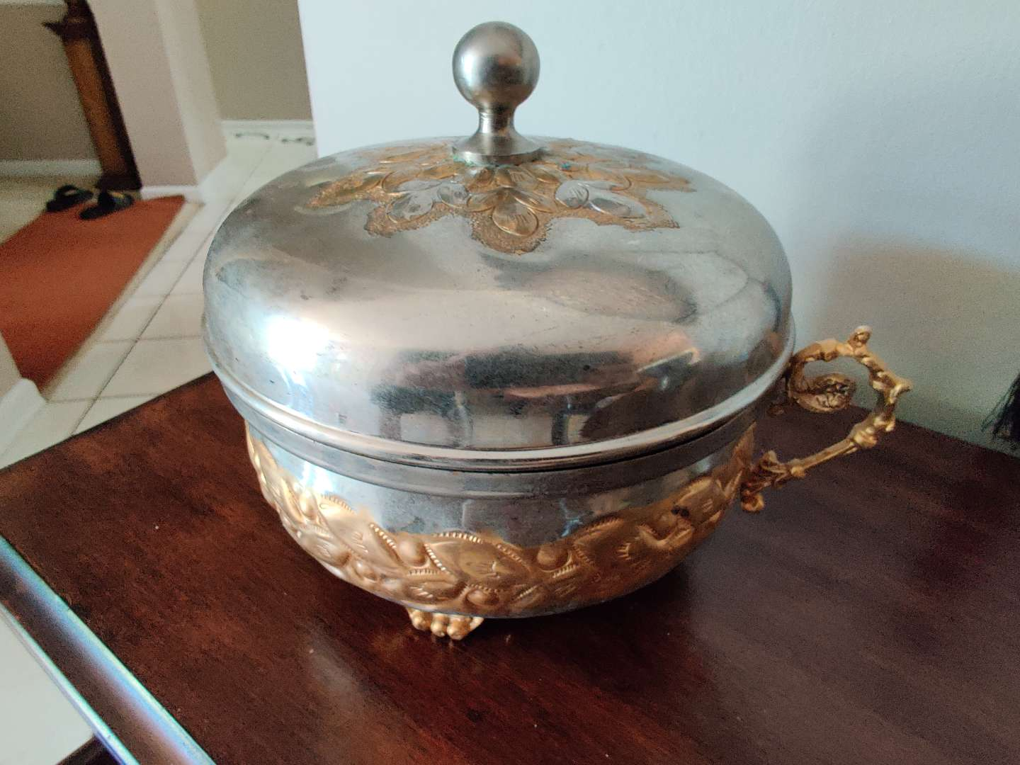 32 metal covered dish from Bethlehem